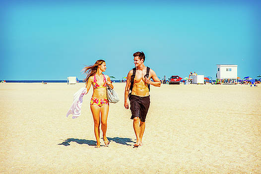 Alexander Image - Young American Couple traveling, relaxing on the beach in New Je