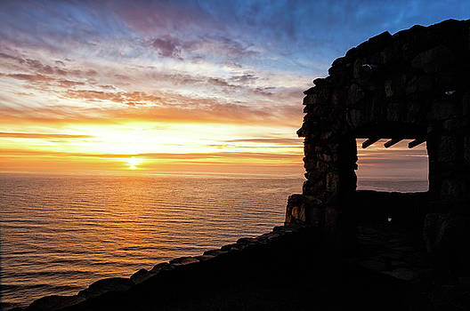 Lara Ellis - Cape Perpetua Sunset