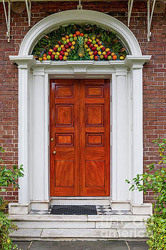 Dale Powell - Nathaniel Russell House Pineapple Entrance