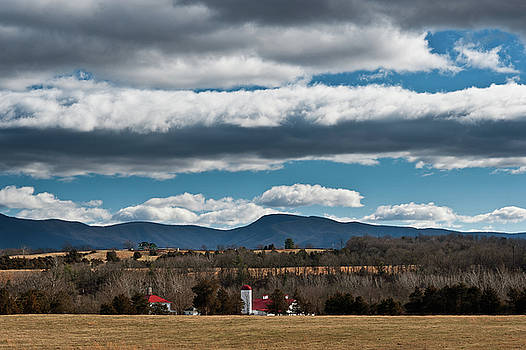 Lara Ellis - Shenandoah Valley Farm Winter Skies