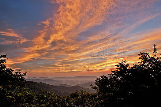 Lara Ellis - Timber Hollow Overlook Sunset 1